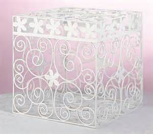 Daisy Card Box-White